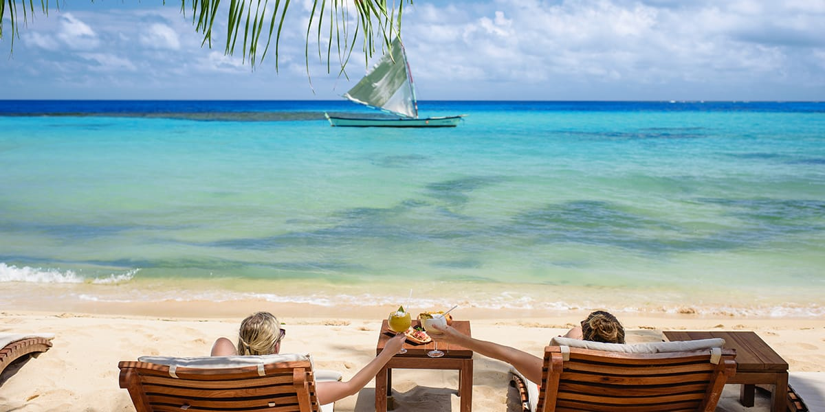 yemaya-island-banner-hotel