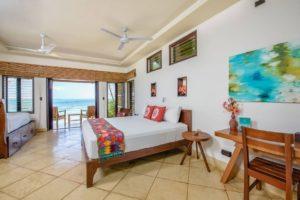 yemaya-little-corn-hotel-room-beach-front