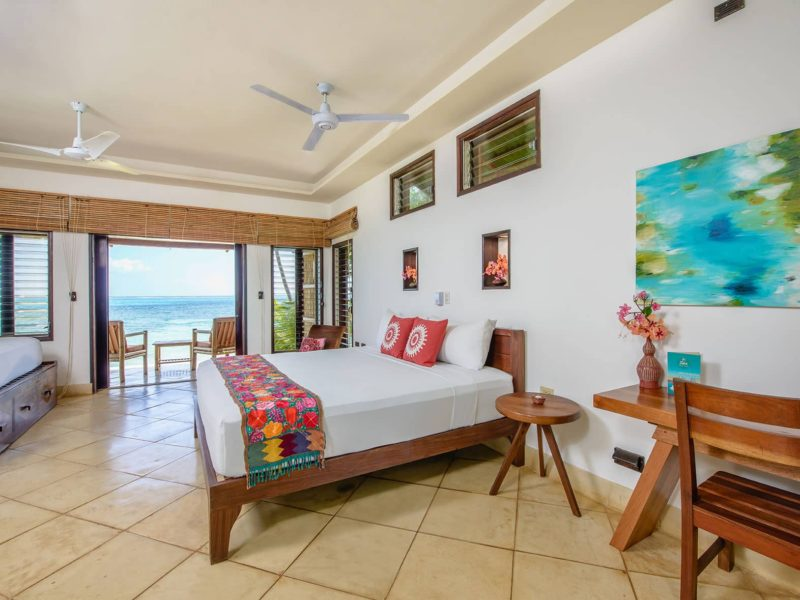 yemaya-little-corn-hotel-room-beach-front