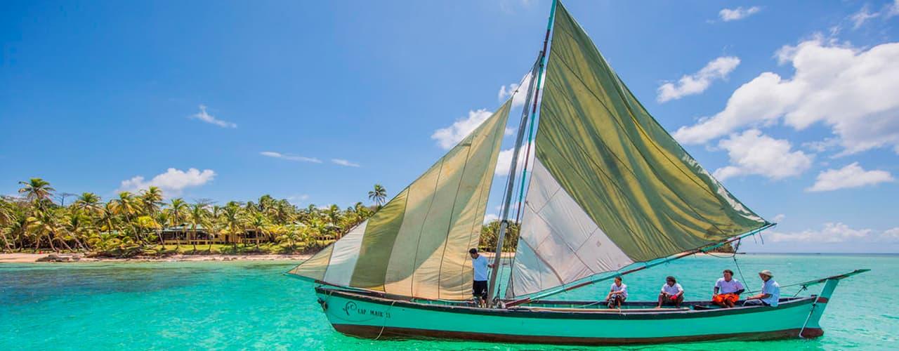 yemayalittle-corn-island-hotel-boat